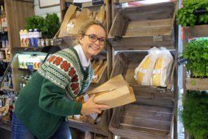 Linda Skarstad er fornøyd med samarbeidet med Evensens Bakeri & Conditori